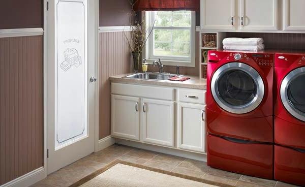 Waschmaschine modergeruch entfernen rot wäscheraum