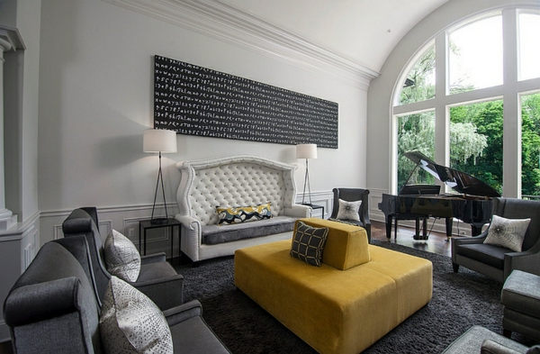 Wohnzimmer Farbgestaltung gelb gepolstert sofa angenehm gemütlich
