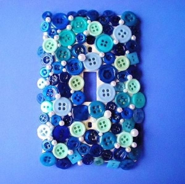 retro lichtschalter diy bemalen deko blau knöpfe