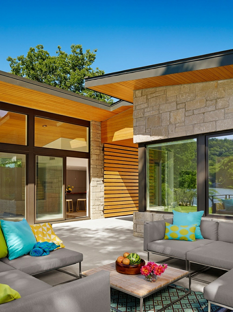 Amerika Urlaub Ferienhaus Texas Ski Shores Lakehouse Innenhof Outdoor  Lounge Möbel