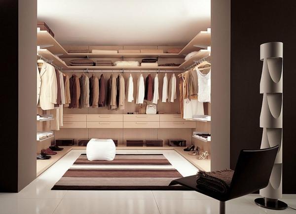ankleidezimmer einrichten möbel offener kleiderschrank systeme läufer