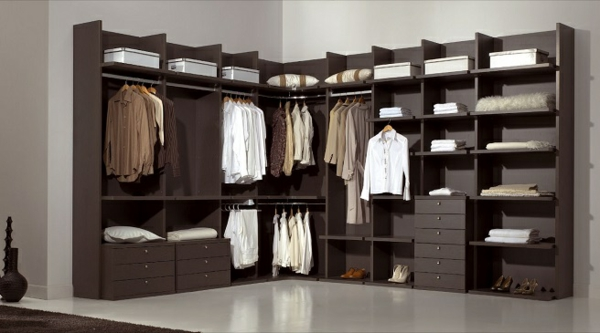 ankleidezimmer planen walk in garderobe mit stil gestalten. Black Bedroom Furniture Sets. Home Design Ideas