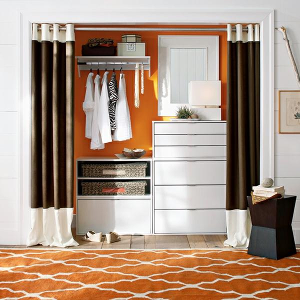ankleidezimmer planen möbel vorhänge schubladen kleiderständer