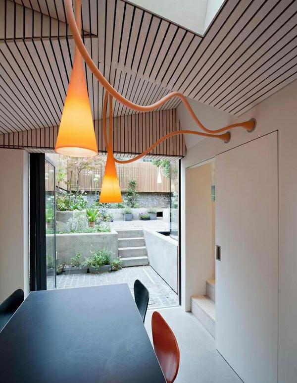 architektenhaus jewelbox london moderne inneneinrichtung esstisch mit stühlen designer leuchten