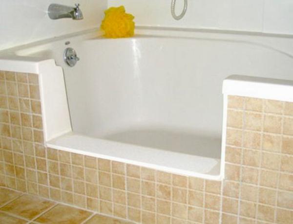 badewanne verkleiden einbauwanne mit offnung badmöbel fliesen