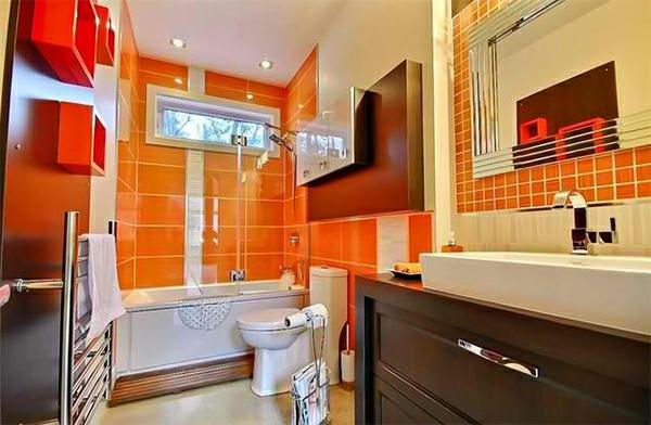 Badezimmer Orange Badspiegel Badmöbel Holz