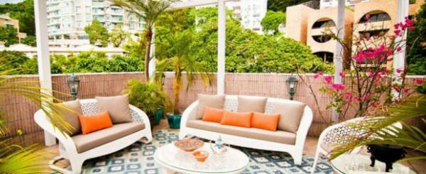 balkonmöbel set rattan möbel sofa couchtisch sichtschutz bambus