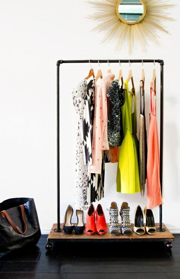 begehbaren kleiderschrank ankleidezimmer selber bauen diy kleiderständer