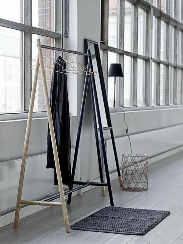 begehbaren kleiderschrank selber bauen kleiderständer standspiegel