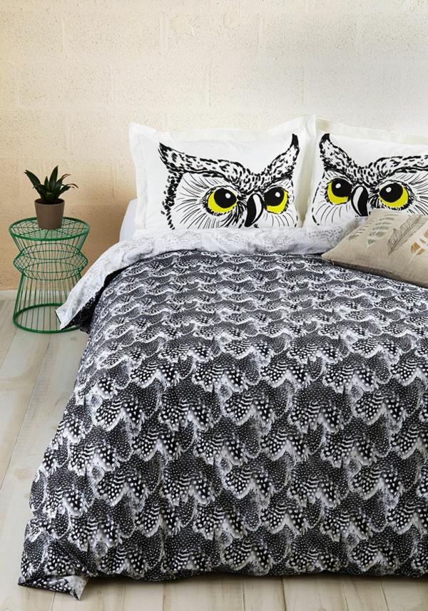 bettwäsche eulen wald schlafzimmer nachttisch