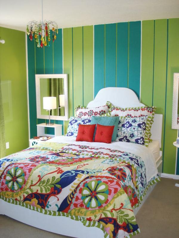 Jugendzimmer Mädchen Frische Farben Bett Dekokissen