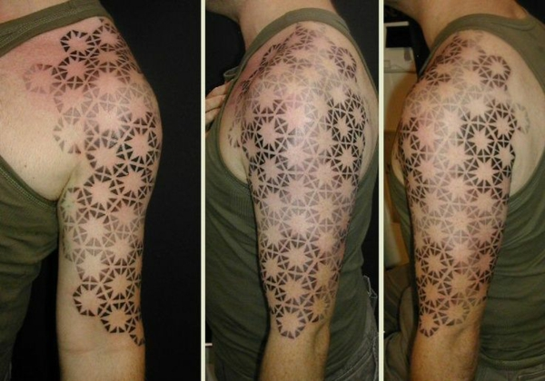 tattoo designs am oberarm tattoos bilder geometrisch