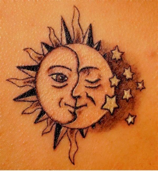 tattoos ideen sterne tattoo bedeutung mond sonne