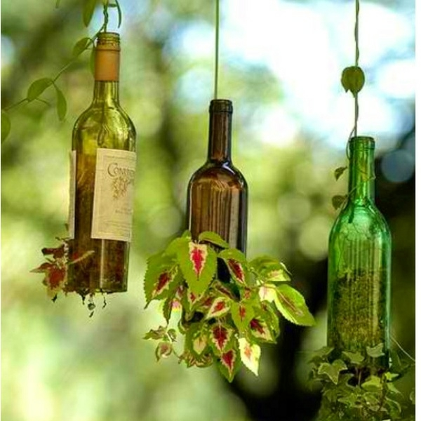 deko selber machen recyceln materialien flaschen pflanzbehälter