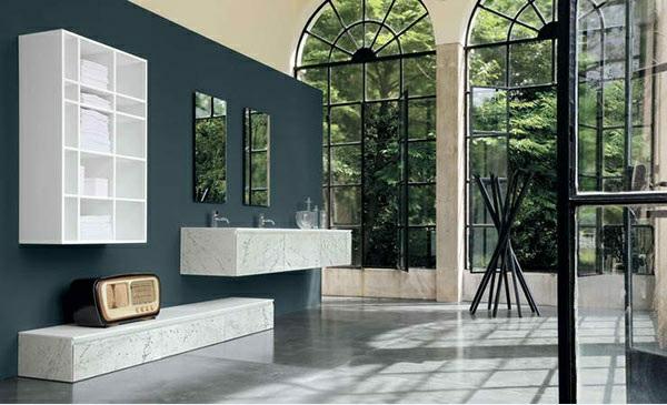 designer badmöbel altamarea designer möbel badezimmer wandspiegel wandfarbe blau