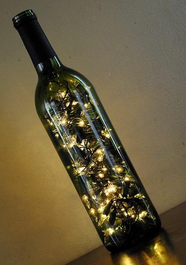 diy lampe aus weinflaschen kreative dekoideen. Black Bedroom Furniture Sets. Home Design Ideas