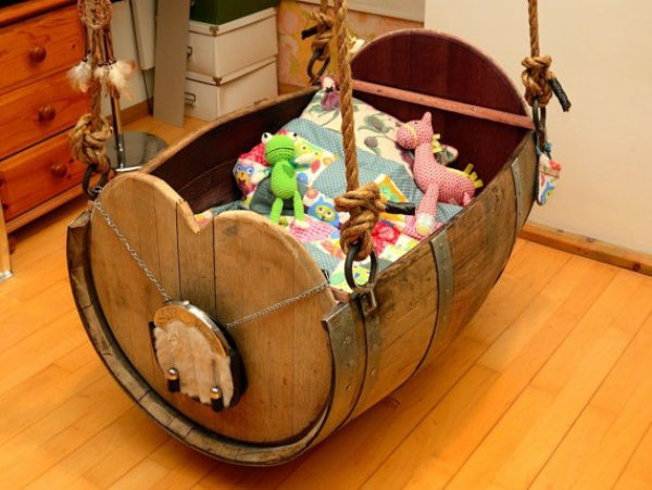 diy möbel holzfass kinderzimmer möbel kinderbett selber bauen schaukel