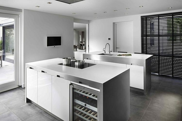 edelstahl küchenarmatur moderne küche wasserhahn kücheninsel spüle