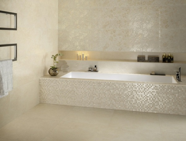eingebaute badewanne einfliesen badezimmer fliesen wieß fliesenmuster ideen