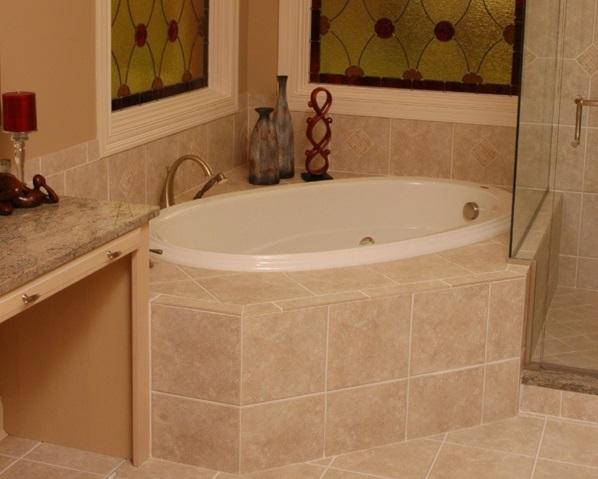 Badezimmer Beige Gefliest ? Bitmoon.info Badezimmer Fliesen Beige