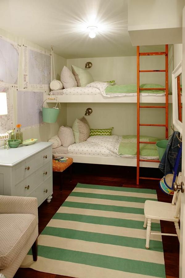 farbgestaltung kinderzimmer grüne akzente teppich etagenbett