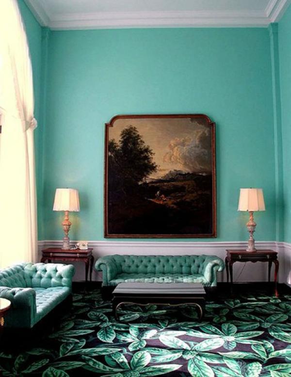 farbgestaltung ideen wandfarben wohnzimmer mintgrün antikmöbel sofa teppichboden