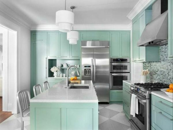 farbgestaltung küche kücheninsel arbeitsplatte küchenfronten mintgrün