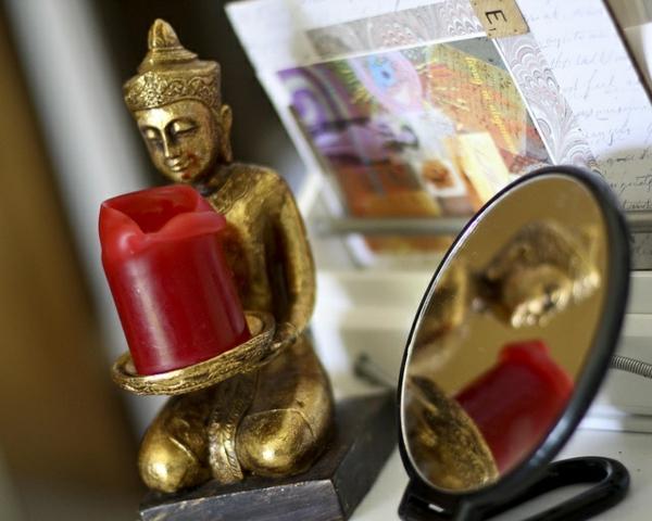 feng shui elemente positive energie buddha statue feng shui spiegel