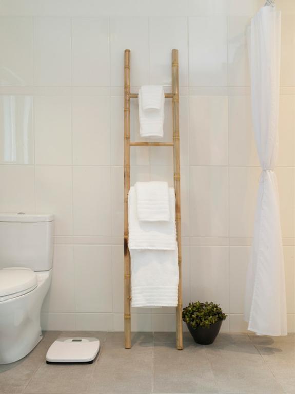 handtuchleiter holz bedezimmer möbel nachhaltiges design bambus