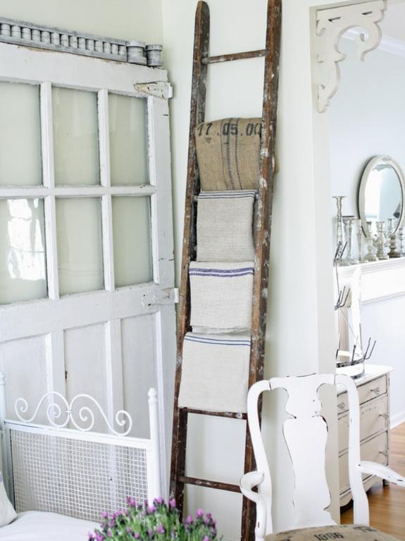 Badezimmer leiter  Handtuchleiter Holz - 35 reizende Badezimmer im Landhausstil