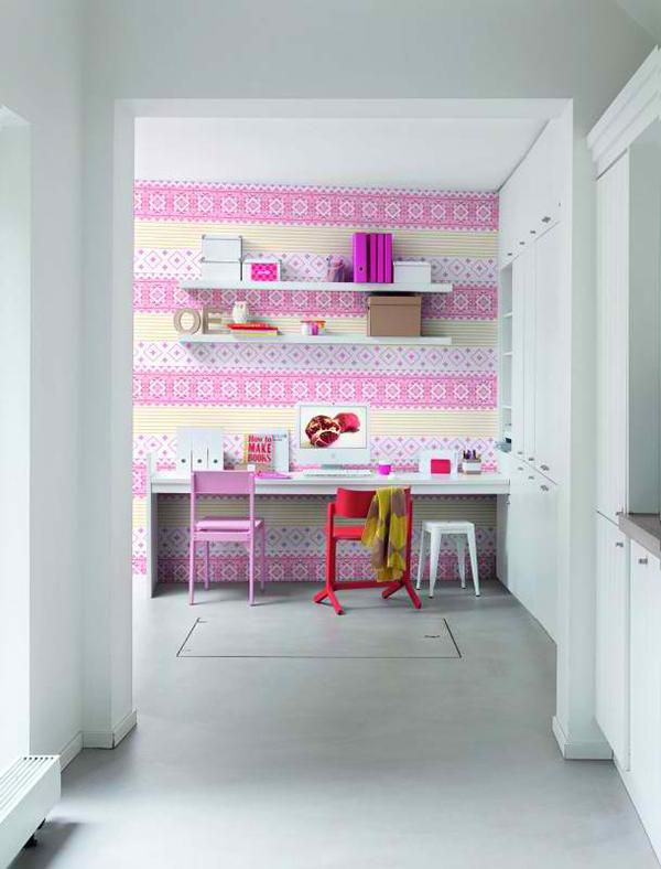 heimbüro wandgestaltung wandtapeten muster mädchen lernecke rosa