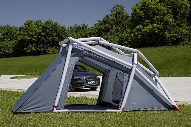 heimplanet audi Q3 suv camping ausrüstung aufblasbares zelt