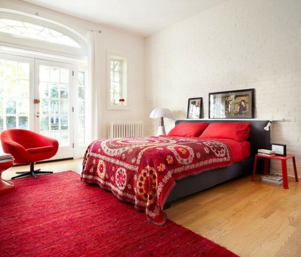 innendesign ideen von couch house kanada schlafzimmer rot bett
