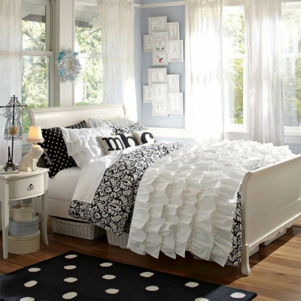 jugendzimmergestaltung schlafzimmer bett teppich nachttisch