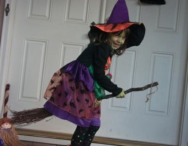 karnevalskostüme selbstgemachte kostüme farbige hexe