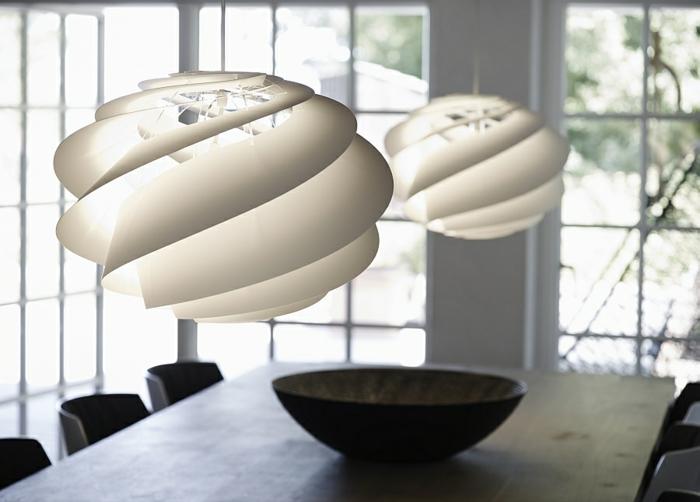 Designer leuchten pendelleucheten mit spiralf rmigem design for Designerleuchten esszimmer