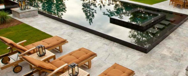 lounge möbel relax liegestuhl poolbereich gestalten
