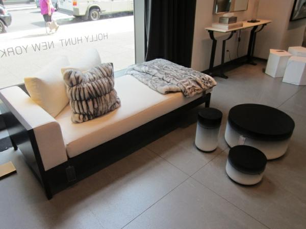 einrichtungsideen scheselong als sofa dekokissen