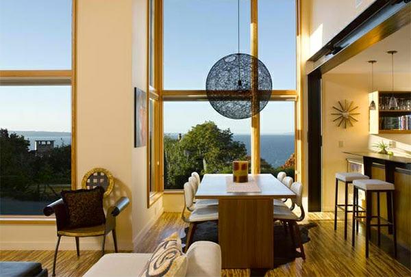 moderne esszimmer esstisch mit stühlen offener wohnraum holzboden