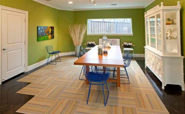 Moderne Esszimmer Esstisch Mit Stühlen Teppichfliesen Wandfarbe Grün