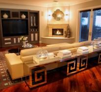 moderne wohnzimmerm bel mit spiegelfl che. Black Bedroom Furniture Sets. Home Design Ideas