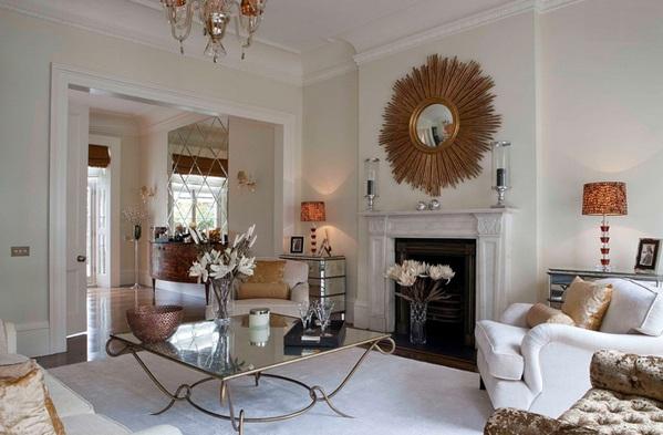 moderne wohnzimmermöbel spiegelfläche couchtisch elegant kamin wandspiegel kronleuchter