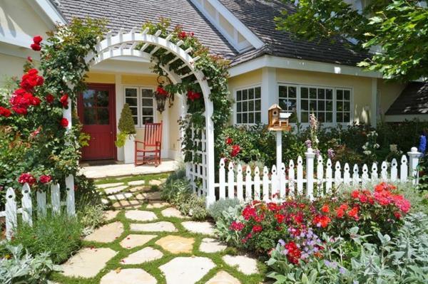 vorgarten gestalten ideen pergola zaun