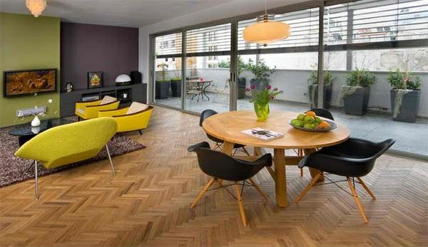 modernes esszimmer gestalten parkett boden holztisch offener wohnbereich