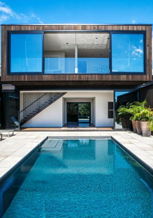 modernes haus außenbereich nachhaltige architektur pool hausfassade