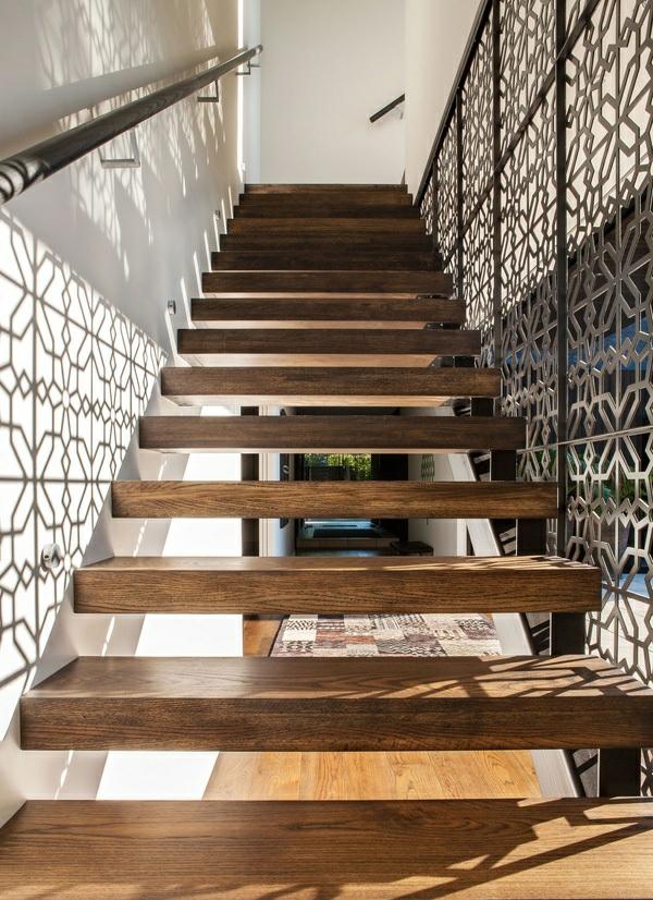 modernes haus neuseeland architektenhaus treppenhaus holztreppen geländer