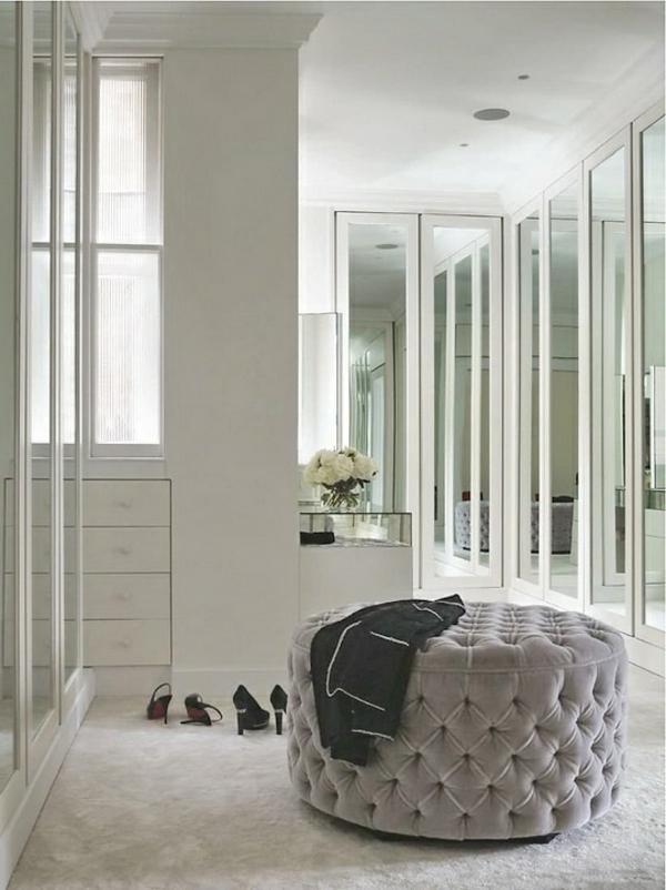 ordnung im ankleidezimmer begehbarer kleiderschrank schränke spiegeltüren
