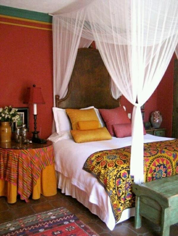 Design Orientalisches Schlafzimmer Himmelbett Bunte Wandgestaltung