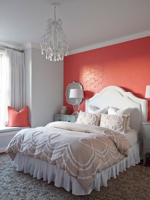 schlafzimmer einrichtungsideenbett kronleuchter