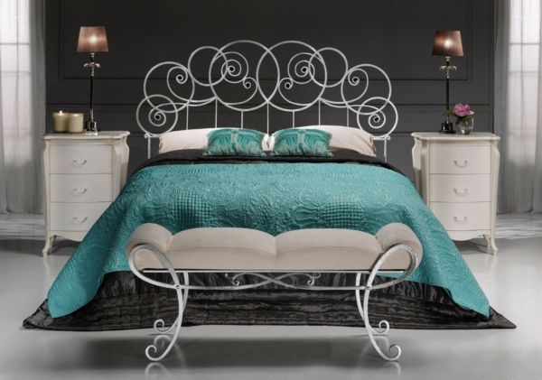 schlafzimmer gestalten metallbett bettbank gepolstert schlafzimmermöbel ideen